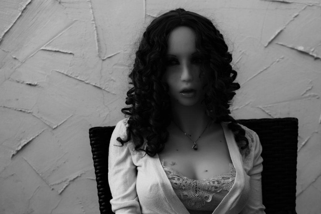 """Erena Ichinose """"black & white"""""""
