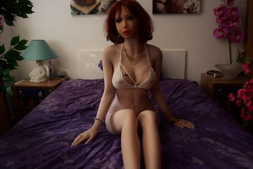 Erena en lingerie fine