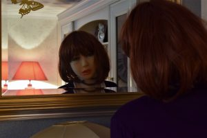 Jeu de miroir sous le tendre regard d'Erena